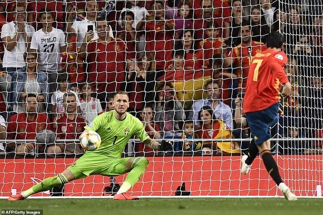 Tây Ban Nha 3-0 Thụy Điển: Ramos, Morata lập công - 6