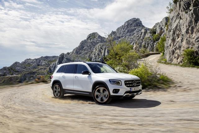 Mercedes-Benz nhỏ giọt thông tin về mẫu crossover 7 chỗ GLB - 12