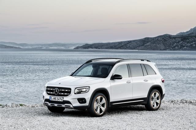 Mercedes-Benz nhỏ giọt thông tin về mẫu crossover 7 chỗ GLB - 3