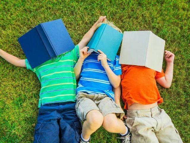 Bí quyết giúp trẻ thích thú và tự động đọc sách - 2