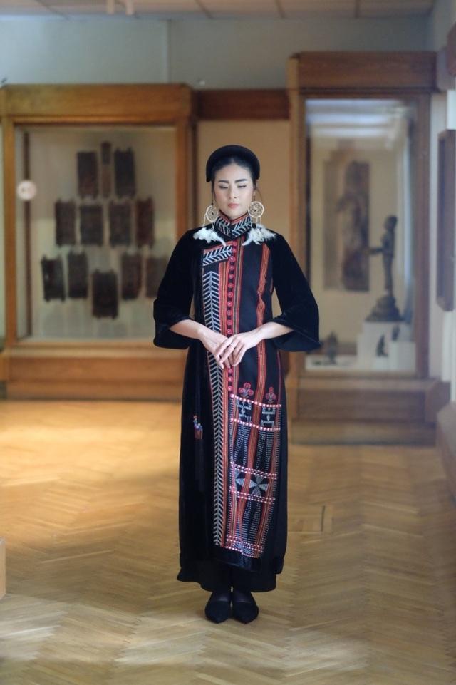 Rực rỡ áo dài Việt Nam, những mẫu thời trang đỉnh cao thu hút công chúng Nga - Ảnh minh hoạ 3