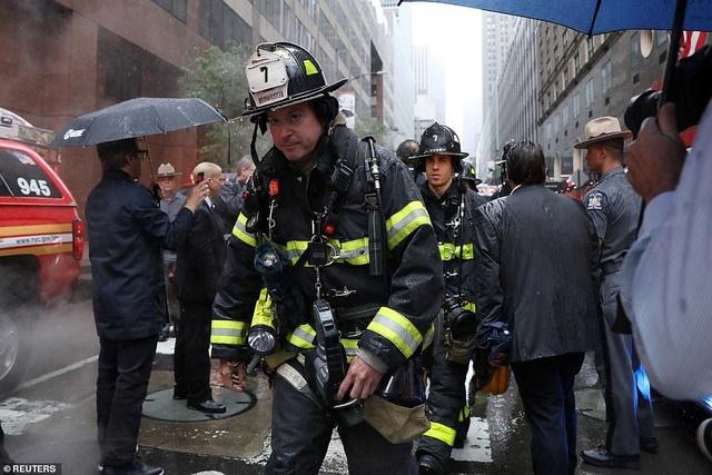 Trực thăng đâm nóc cao ốc, người New York lo sợ kịch bản khủng bố 11/9 - 10