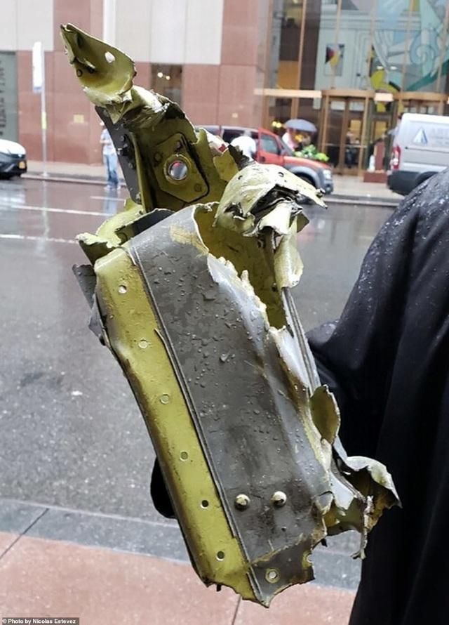 Trực thăng đâm nóc cao ốc, người New York lo sợ kịch bản khủng bố 11/9 - 11