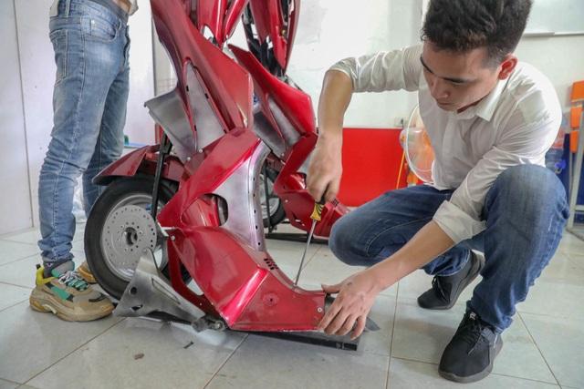 Nhóm thanh niên Hà Nội làm robot như trong phim từ phế liệu - 8