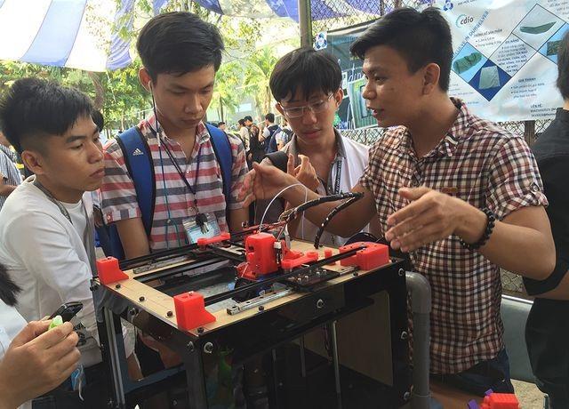 ĐH Quốc gia TPHCM: Sinh viên có thể học liên thông lên thạc sĩ từ năm 3 đại học - 1
