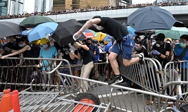 """Trung Quốc cảnh báo Mỹ dừng phát ngôn """"sai trái"""", can thiệp công việc Hong Kong - 2"""
