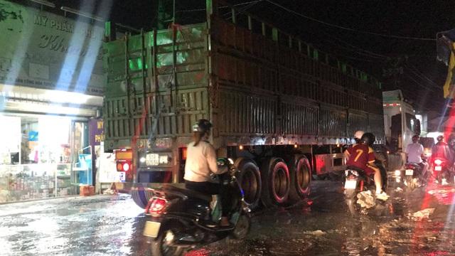 Dân công Hỏa tuyến - con đường đau khổ tại TP.HCM! - 11