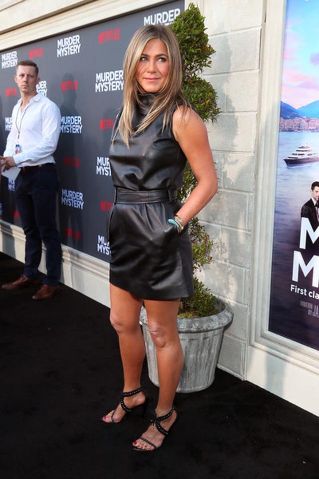 Jennifer Aniston vẫn trẻ đẹp ở tuổi ngũ tuần - 5