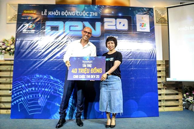 Vinmec và FPT IS tài trợ cho cuộc thi lập trình kỷ niệm 20 năm FPT Aptech - 2