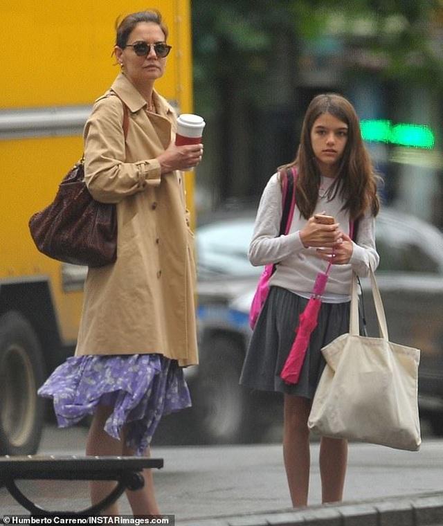 Hình ảnh hiếm hoi về con gái Tom Cruise - 1