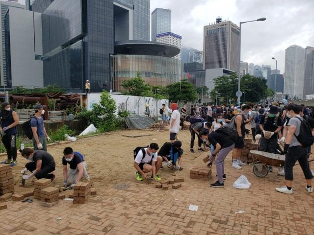Làn sóng biểu tình tại Hong Kong giữa tranh cãi về dự luật dẫn độ - 4