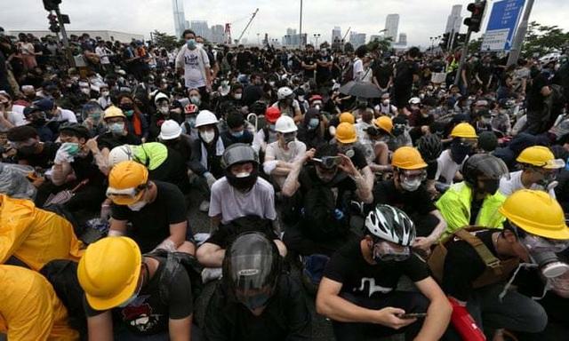 Làn sóng biểu tình tại Hong Kong giữa tranh cãi về dự luật dẫn độ - 7