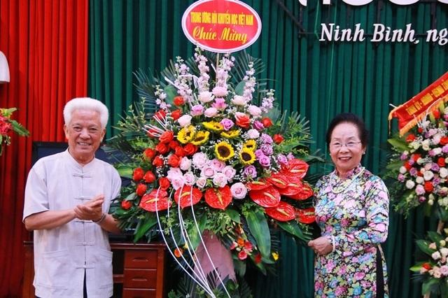 Hội Khuyến học Ninh Bình long trọng kỷ niệm 20 năm thành lập - 1