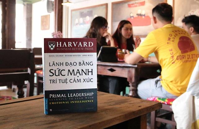 lanh-dao-bang-tri-tue-cam-xuc-dt-1560323039169.jpg