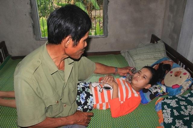 Đau lòng chuyện người cựu binh nguyện hiến thận để cứu con - 1