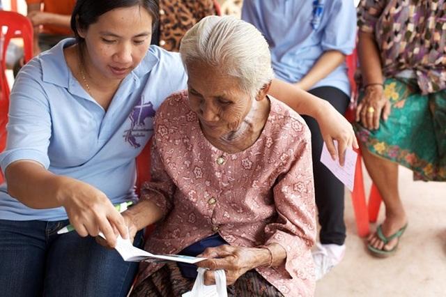 Thái Lan trước ngưỡng cửa một xã hội lão hóa nhanh chóng - 1