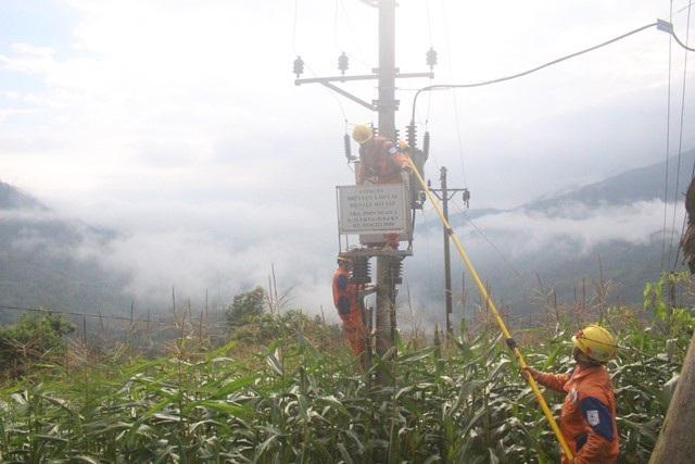 Ngành Điện Lào Cai thắp sáng vùng biên cương - 4