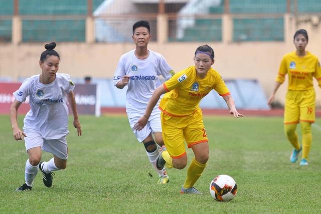 Phong Phú Hà Nam có chiến thắng thứ hai tại giải bóng đá nữ vô địch quốc gia 2019 - 1
