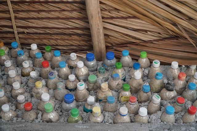 Quảng Ngãi: Độc đáo homestay làm từ 6.000 vỏ chai nhựa - 2