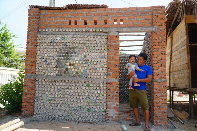 Quảng Ngãi: Độc đáo homestay làm từ 6.000 vỏ chai nhựa - 7