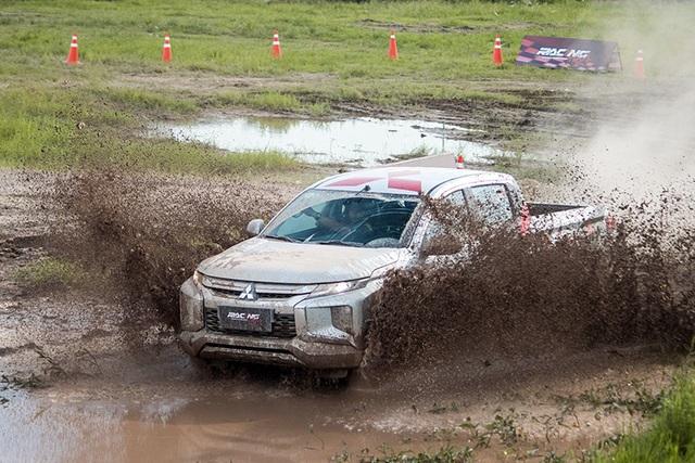 Thành lập đội đua ô tô chuyên nghiệp đầu tiên tại Việt Nam - 2