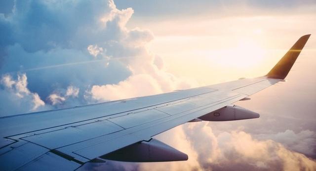 Các nhà khoa học nêu những điều cần phải lo ngại khi đi máy bay - 1