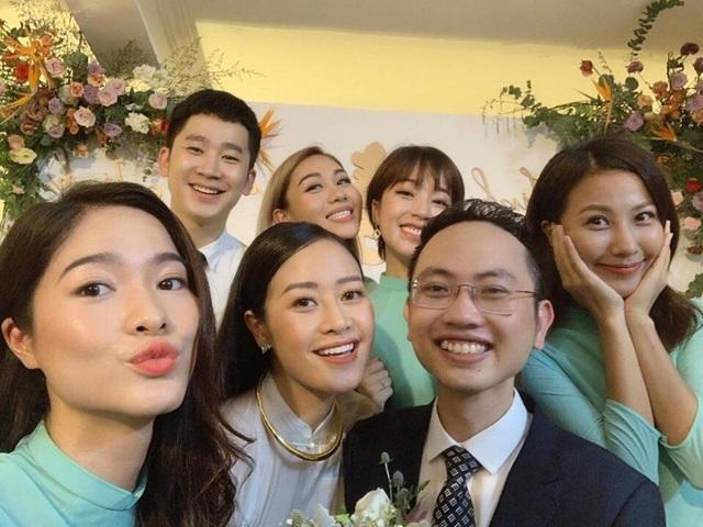 Tiết lộ hình ảnh lễ ăn hỏi của cặp đôi trai tài - gái đẹp của VTV - 12