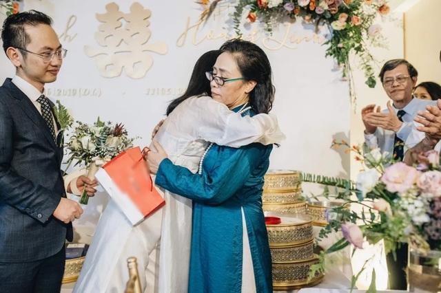 Tiết lộ hình ảnh lễ ăn hỏi của cặp đôi trai tài - gái đẹp của VTV - 13