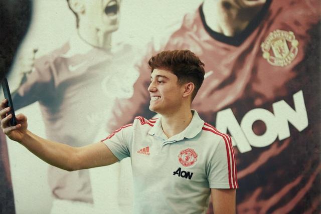 Những hình ảnh đầu tiên của tân binh Daniel James tại Man Utd - 5
