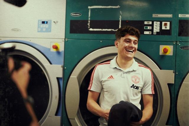 Những hình ảnh đầu tiên của tân binh Daniel James tại Man Utd - 7
