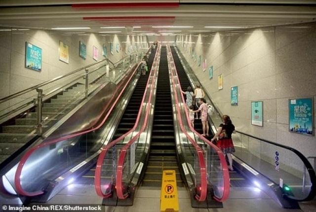 Nhà ga tàu điện ngầm có độ sâu bằng chiều cao tòa nhà 31 tầng - 3
