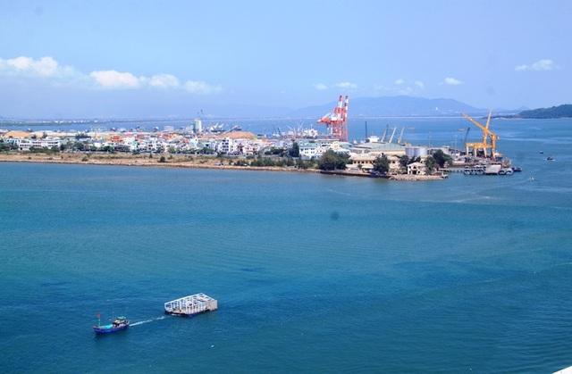 Đề xuất nhận chìm 300.000 m3 vật chất nạo vét luồng cảng Quy Nhơn xuống biển - 1