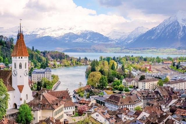 15 thành phố xinh đẹp nhất châu Âu - 3