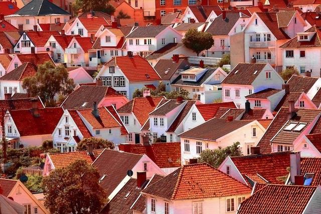 15 thành phố xinh đẹp nhất châu Âu - 10