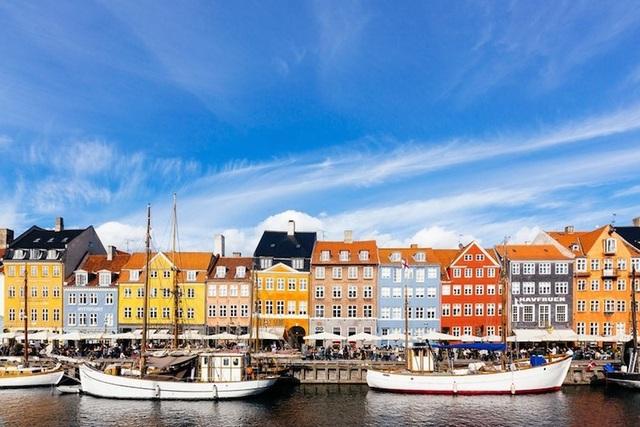 15 thành phố xinh đẹp nhất châu Âu - 13