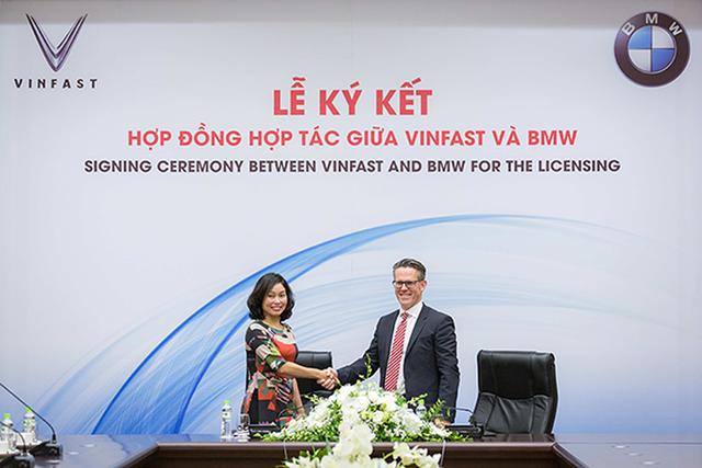 Nhìn lại hành trình 21 tháng ra đời mẫu xe ôtô Việt Nam đầu tiên mang tên VinFast - 4