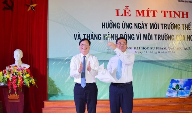 Thứ trưởng Bộ GDĐT: HS, SV và phụ huynh hãy tích cực tham gia hoạt động bảo vệ môi trường - 3