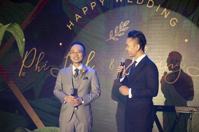 Dàn BTV VTV cùng Tuấn Hưng, Lê Hiếu, Khắc Việt chúc mừng đám cưới Phí Linh - 6