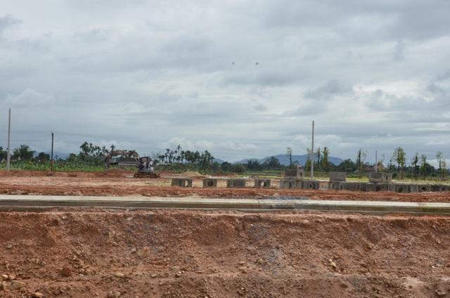 Quảng Ngãi:  Chấn chỉnh hoạt động kinh doanh bất động sản trên địa bàn - 1
