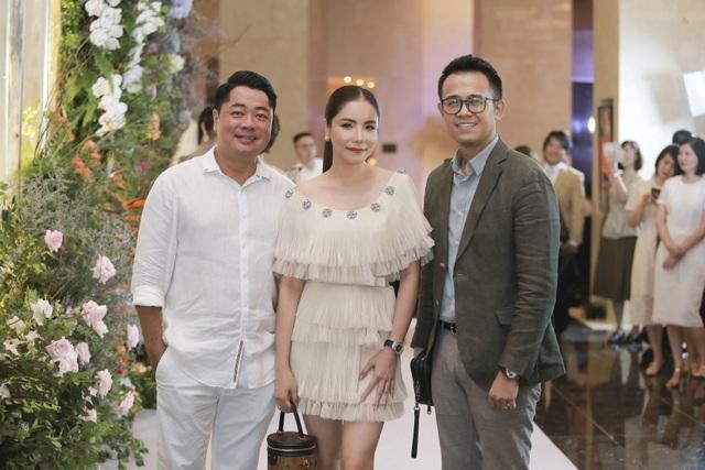 Dàn BTV VTV cùng Tuấn Hưng, Lê Hiếu, Khắc Việt chúc mừng đám cưới Phí Linh - 15