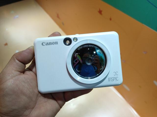 Canon bất ngờ giới thiệu máy ảnh chụp in liền đầu tiên tại Việt Nam - 1