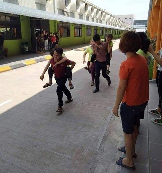 Phú Thọ: 70 công nhân nhập viện nghi ngộ độc thực phẩm - 1