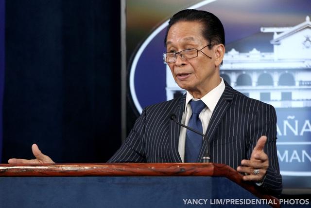 Philippines bỏ ngỏ cắt đứt quan hệ với Trung Quốc vì vụ đâm tàu trên Biển Đông - 1