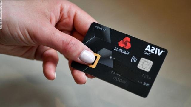 Chúng ta đang nuốt lượng nhựa bằng một chiếc thẻ tín dụng mỗi tuần - 1