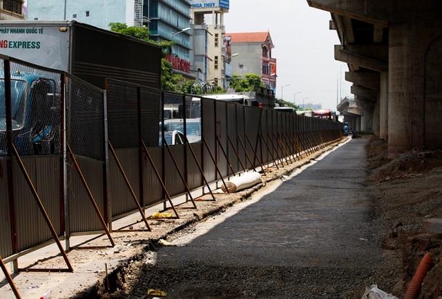 Hà Nội: Xén dải phân cách ở điểm đen ùn tắc nút giao Pháp Vân - 7