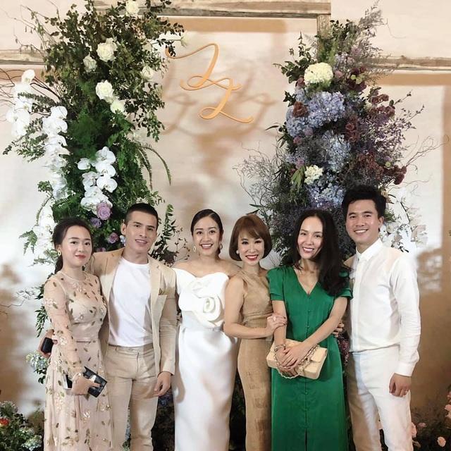 """Ca sĩ Phương Linh, Uyên Linh, MC Mù Tạt VTV thi nhau """"than"""" """"mót cưới"""" - 5"""