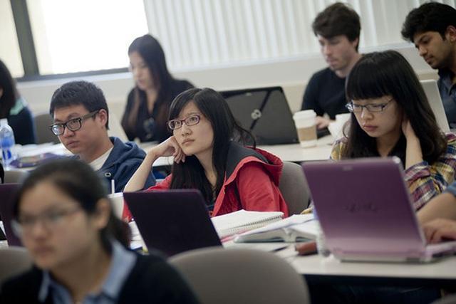 Sinh viên Trung Quốc đóng góp không nhỏ cho kinh tế Mỹ - 1