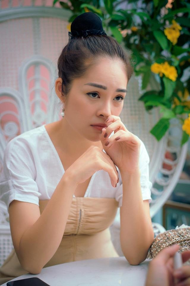 5 sao nữ xinh đẹp, thành công hơn sau hôn nhân đổ vỡ  - 18