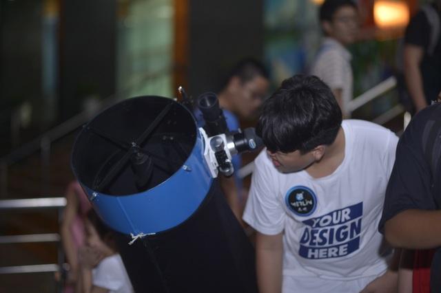 Giới trẻ Hà Nội khám phá bầu trời với kính thiên văn tự chế lớn nhất miền Bắc - 5