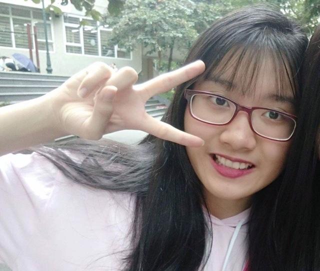 """Thủ khoa vào lớp 10 ở Hà Nội: """"Bố mẹ nói phải tự chịu trách nhiệm việc học của mình"""" - 2"""
